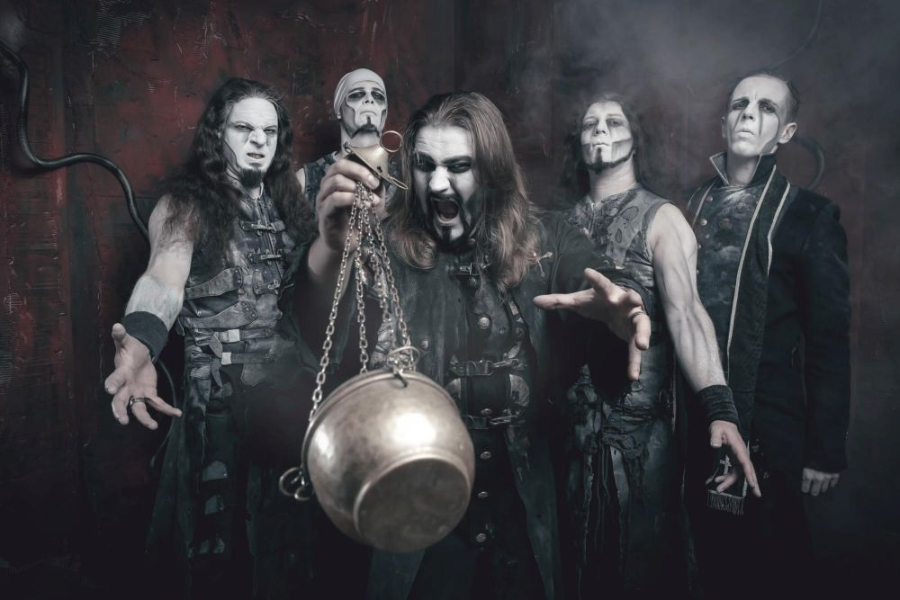 POWERWOLF Tim Tronckoe 2015